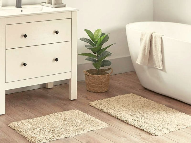 Organic Bathroom Rug is very environment-friendly as it was made of natural products