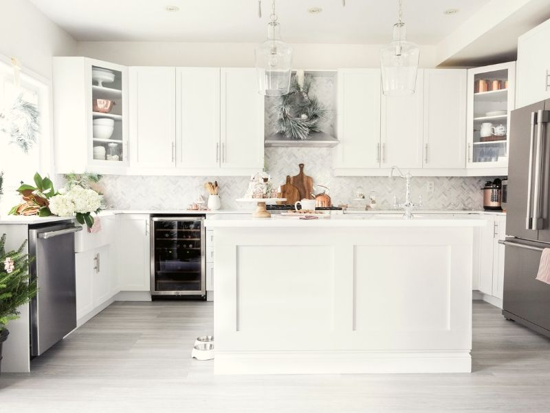 Steps By Step Guide for Painting Kitchen Cabinets White