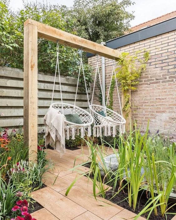 16 Bright Backyard Garden Ideas with Minimum Budget for ... on ideas for small backyards, ideas for ugly backyards, ideas for muddy backyards, ideas for big backyards,