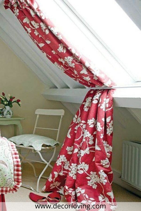 window covering in red